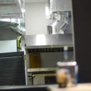 Установка промышленной вентиляции в пиццерию компанией «Квєнто»
