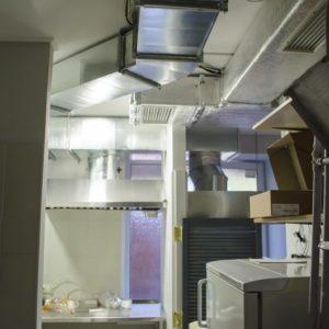 Установка вентиляции в суши-пиццерию «Family»