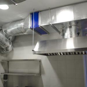 Установка вентиляции в суши-пиццерию компанией «Квєнто»